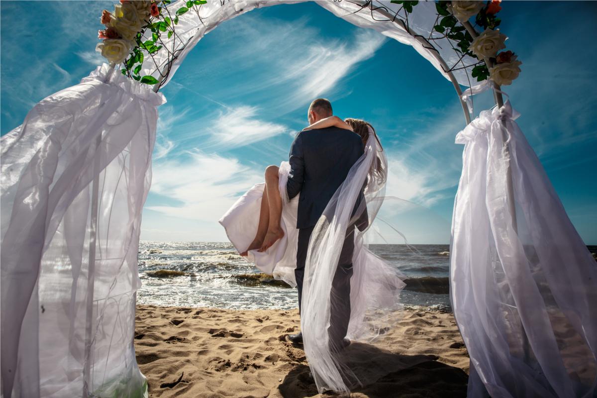 The perfect wedding reception in Mykonos Island